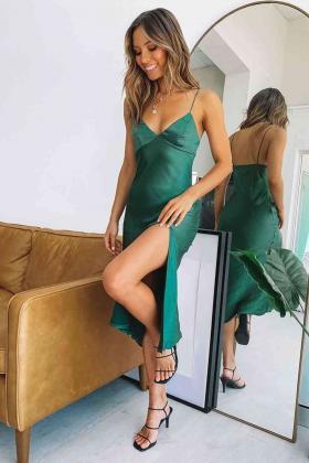 Saten Uzun Yırtmaçlı Gecelik Elbise Yeşil